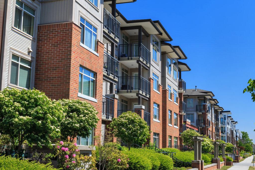 commercial property landscape maintenance